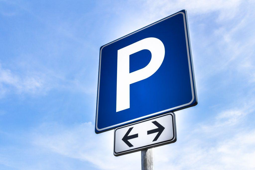 Parcheggiare lontano dalla destinazione