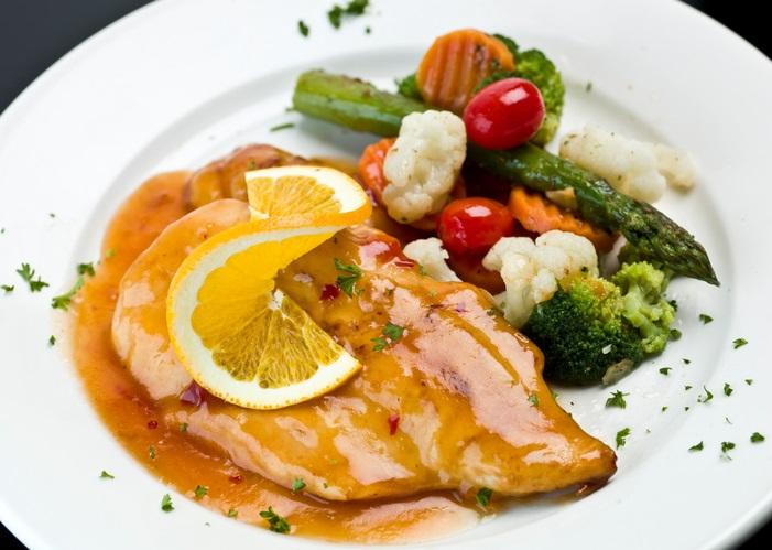 Pollo all'arancia: una ricetta ricca e veloce