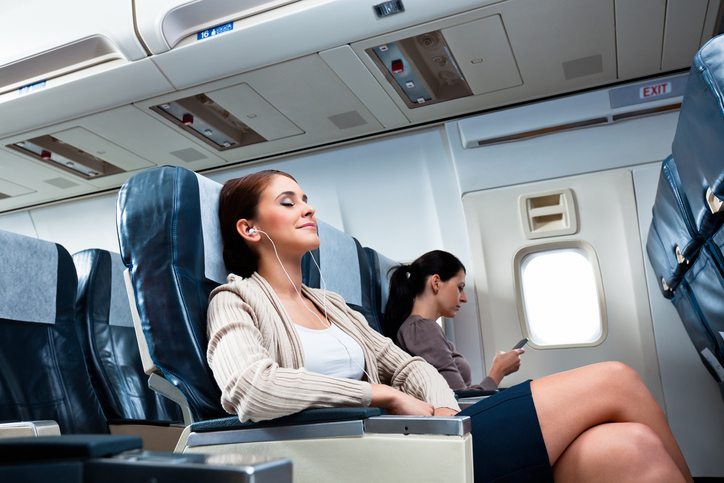 Posti per sole donne in aereo per evitare le molestie