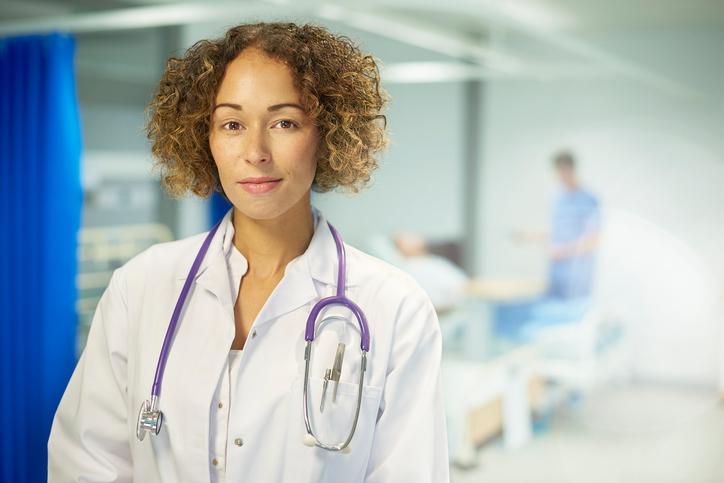 Il medico donna aumenta la probabilità di guarigione