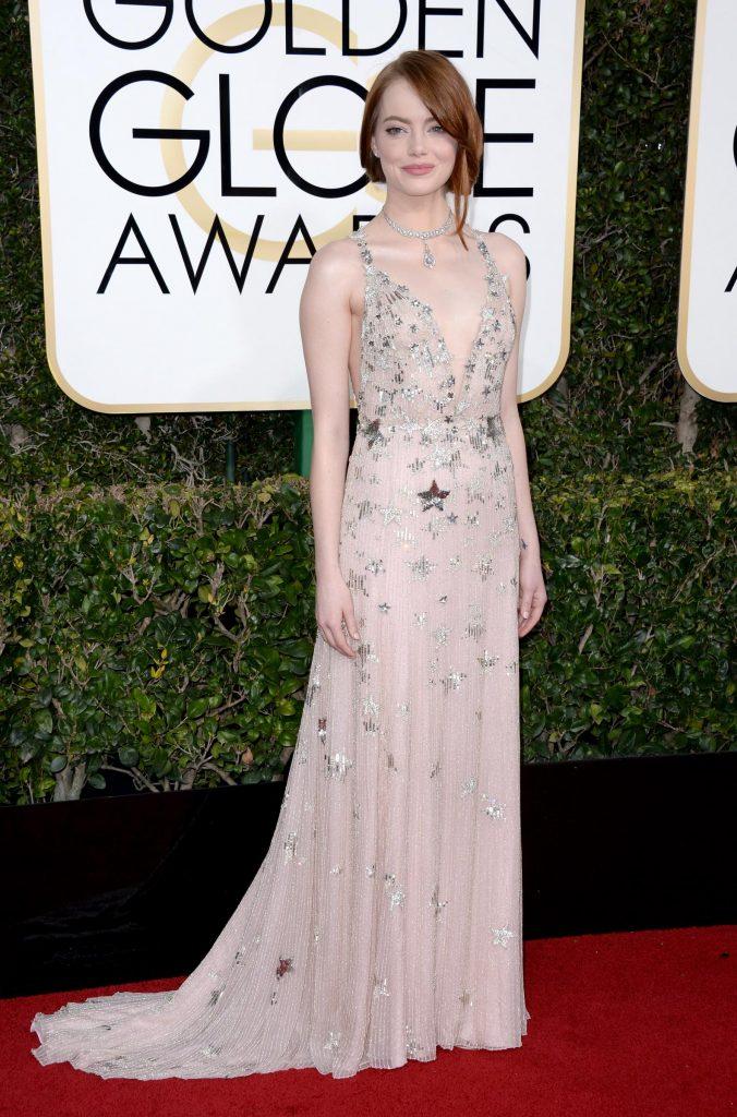 Emma Stone alla cerimonia dei Golden Globe Awards. Foto LaPresse