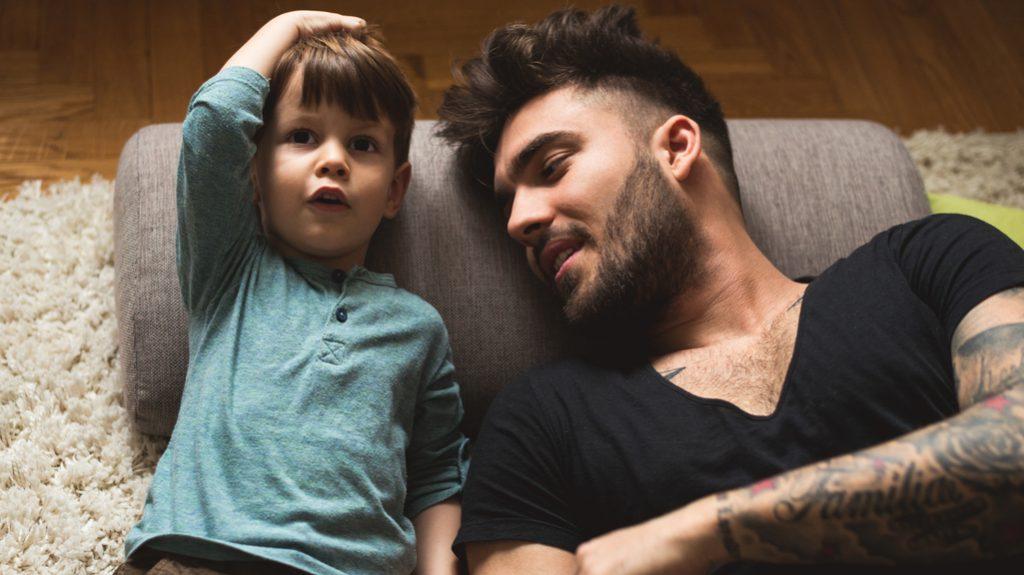 padre e figlio parlare nel sonno