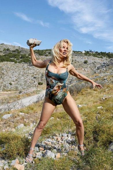 Pamela Anderson per Vivienne Westwood