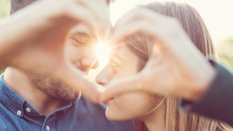 Occhi a me: come capire se è amore a prima vista