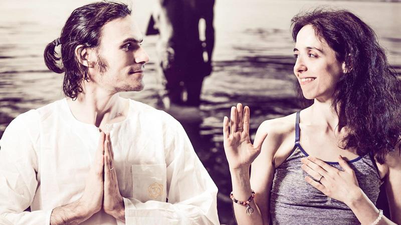 yoga per la coppia Ilaria Spada e Marc