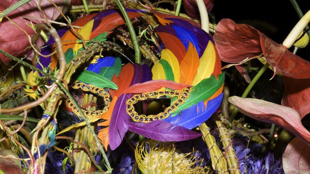 Carnevale in casa guida agli addobbi pi cool - Decorazioni per torte di carnevale ...