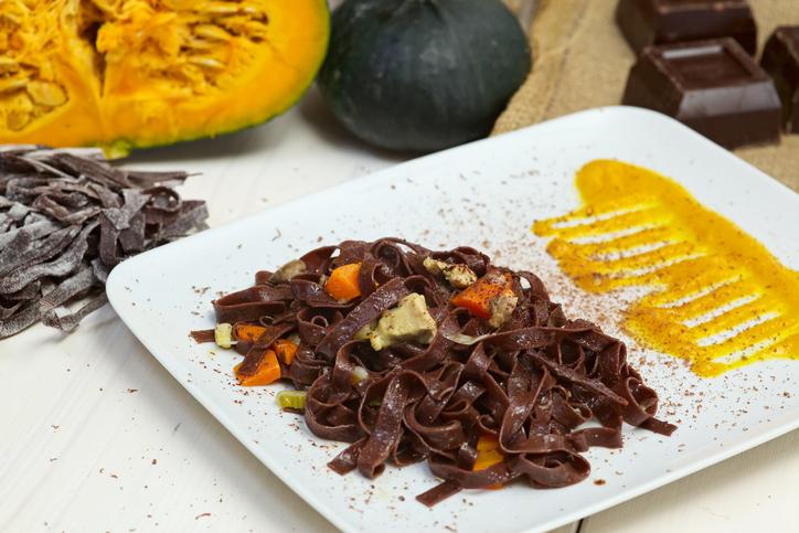 Tagliatelle al cacao vegan: l'afrodisiaco è servito