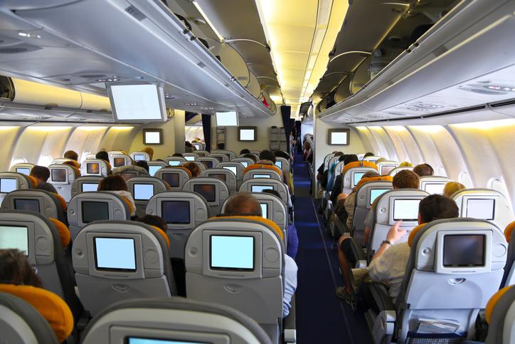 Aeromobili. Interno di un aereo con passeggeri