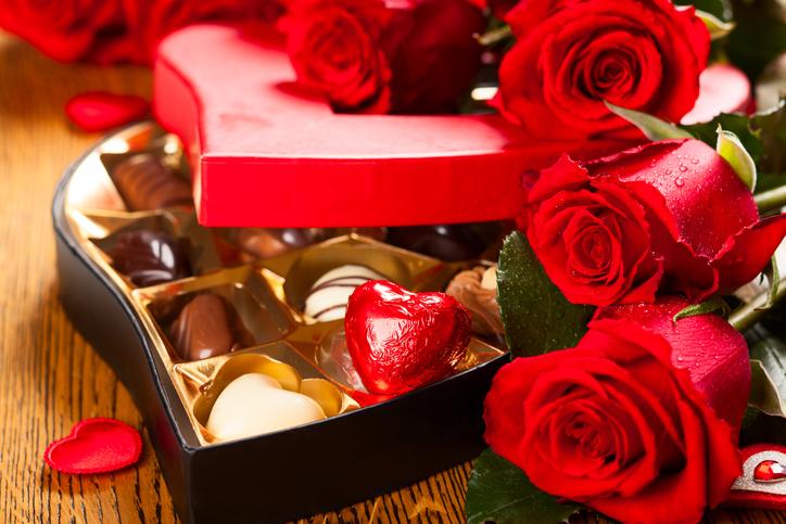 Simboli D Amore Il Significato Di Cuori Rose Cioccolatini Www