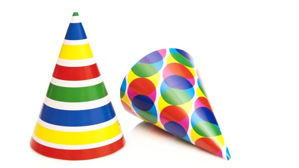 Cappelli di Carnevale per bambini fai-da-te