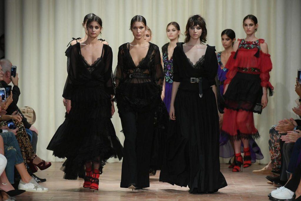 Milano Moda Donna: si aprono le danze