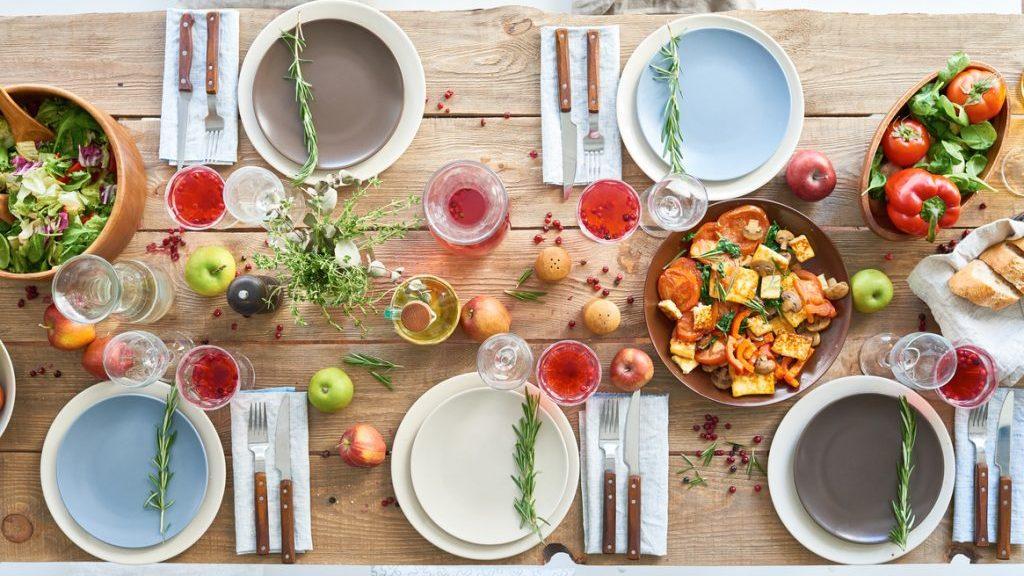 Apparecchiare la tavola per la festa del pap - Apparecchiare una tavola elegante ...