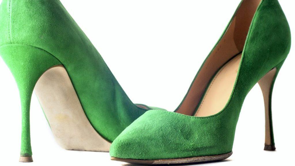 scarpe di camoscio