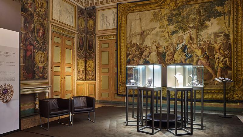 Mostra Damiani a Palazzo Reale