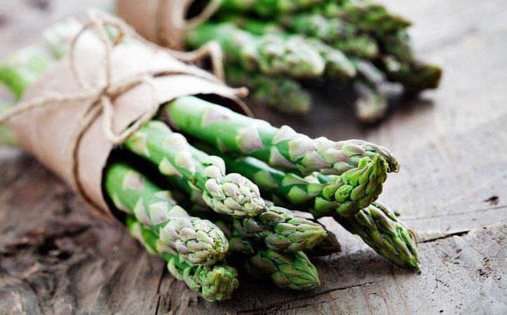 Pasta agli asparagi cremosi. Versione veg