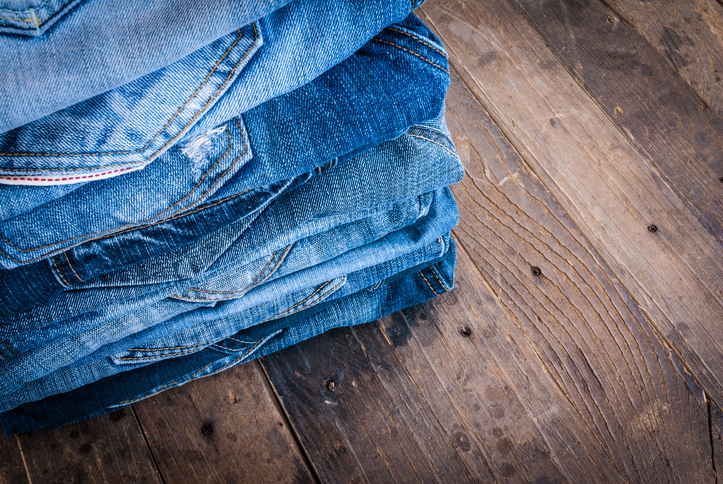 Da lasciare a casa: troppi jeans