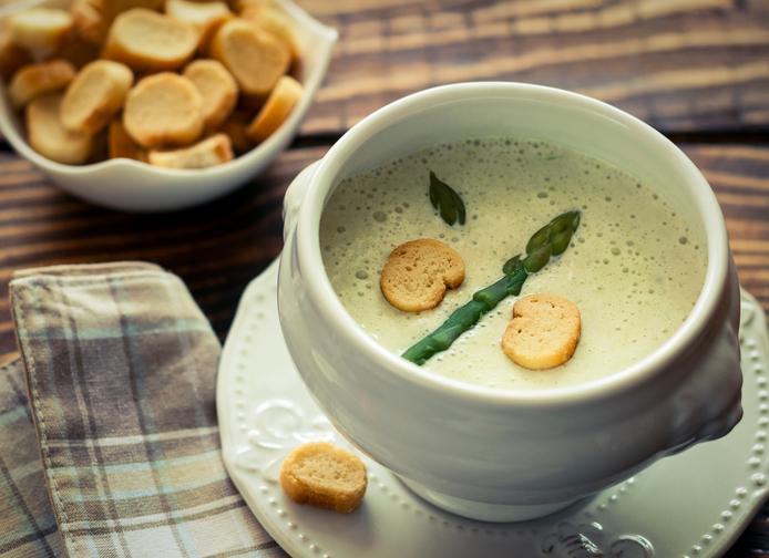 Mangiare sano in viaggio con le zuppe