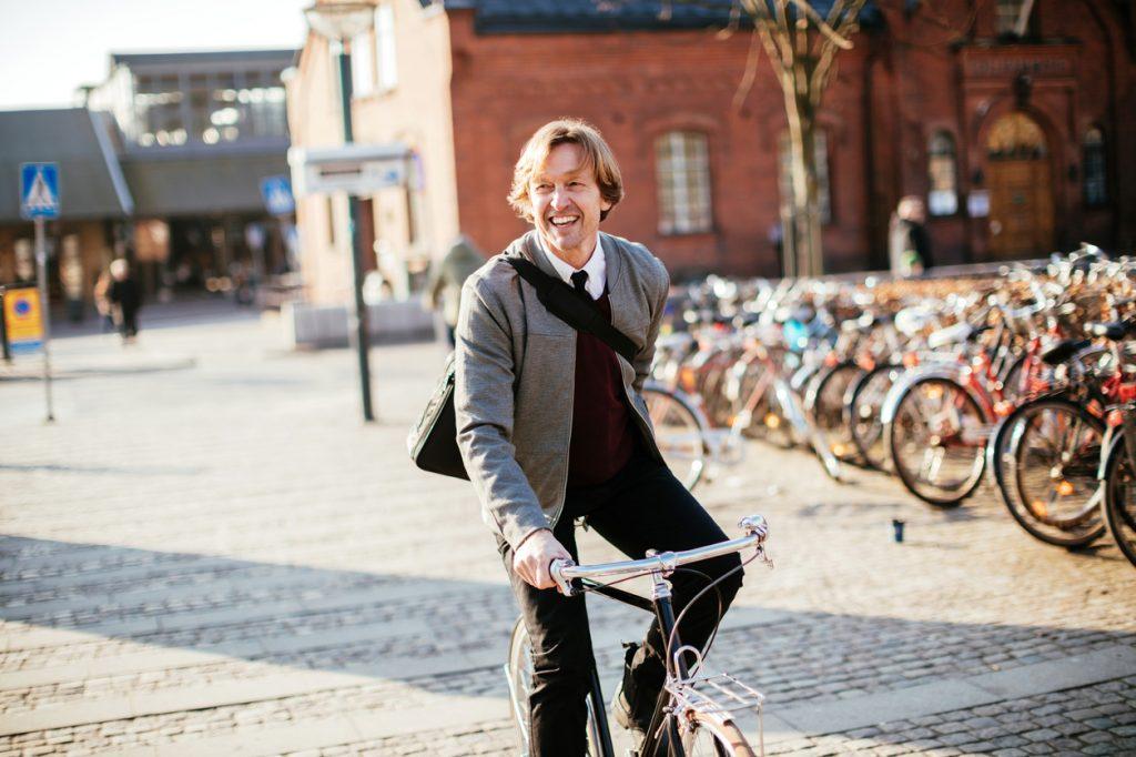 Stare in salute? Al lavoro con la bicicletta