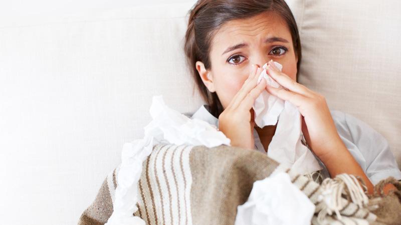 La solitudine complica anche il raffreddore