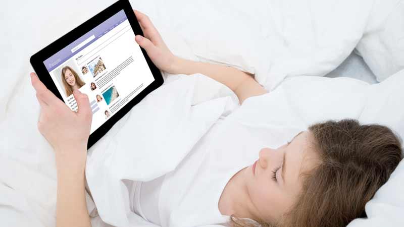 Tablet e smartphone minacciano il sonno dei bambini