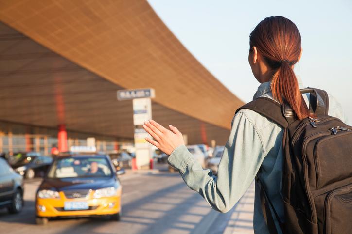 Trasferimenti aeroportuali per andare in albergo