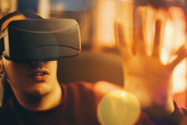 """La realtà virtuale è """"hot"""", ma anche rischiosa"""