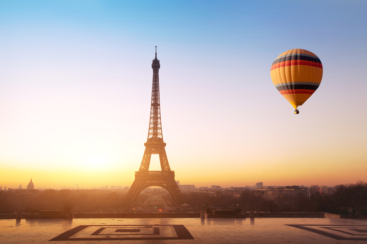 Parigi, tour alternativo in mongolfiera
