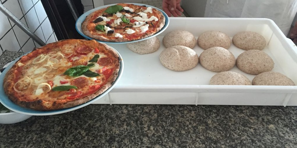 Ricetta: pizza integrale e ai cinque cereali
