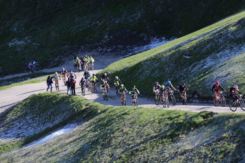 Ciclismo e mountain bike: lo sport traina il turismo
