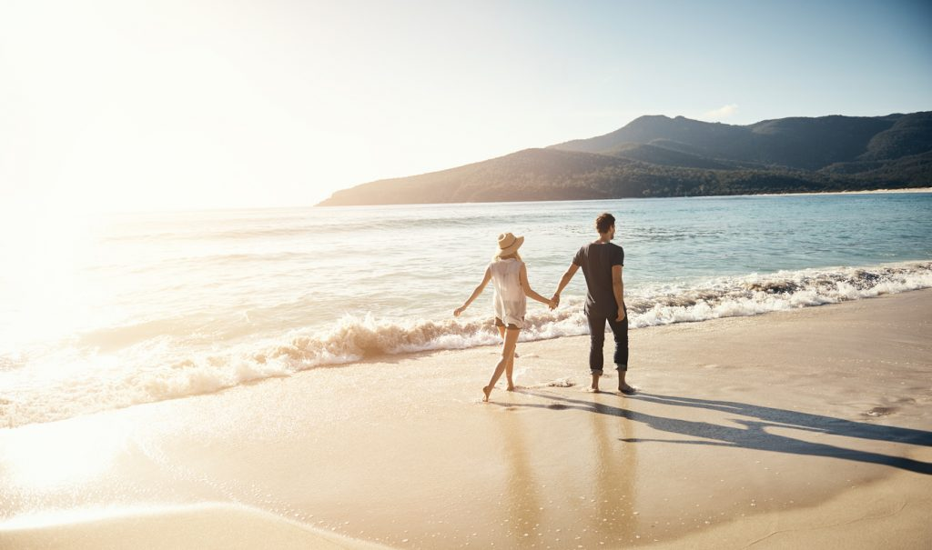 passeggiata sulla spiaggia, delusione d'amore