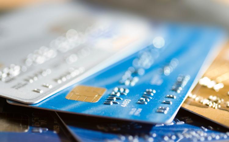Pila di carte di credito