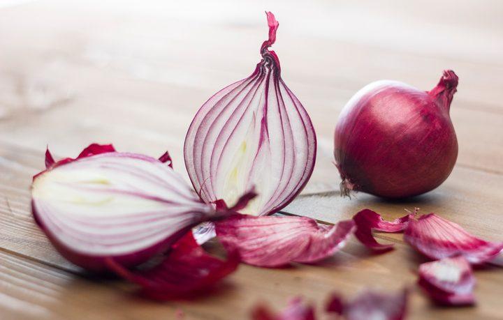 Cipolle rosse: mangiarle fa bene, benissimo