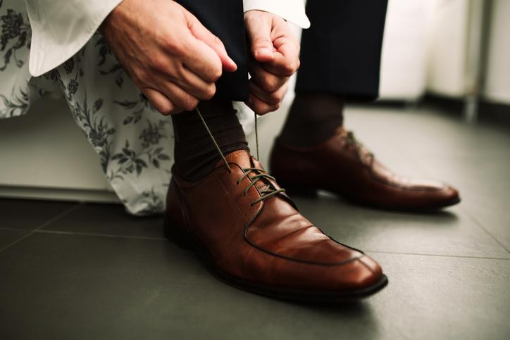 Calze da uomo: come abbinarle all'outfit