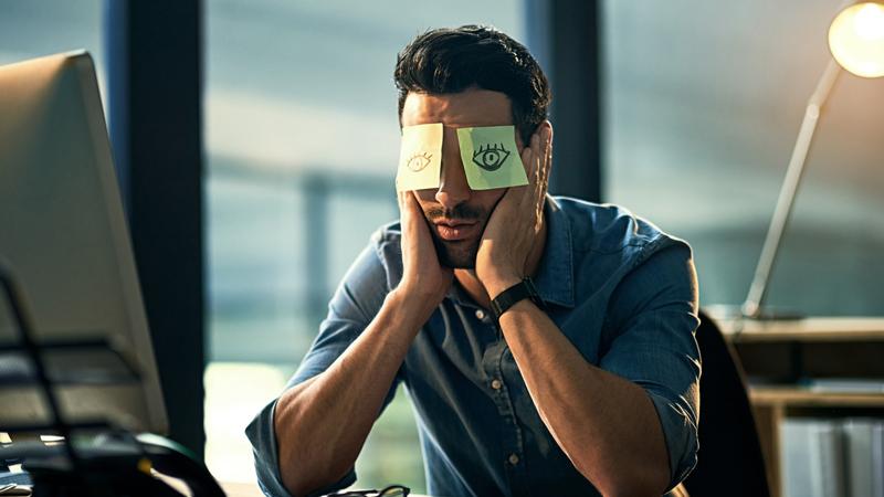 Jet lag sociale: dormire troppo nel weekend fa male