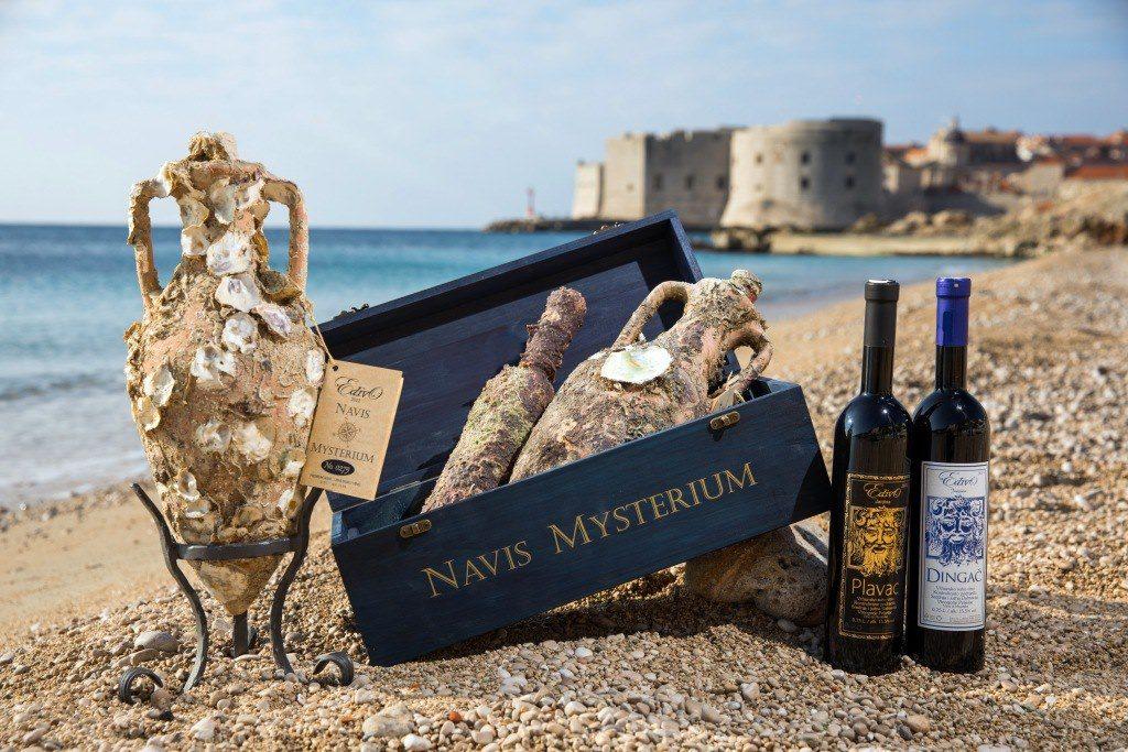 Bottiglie di Edivo Vina, la cantina sotto il mare