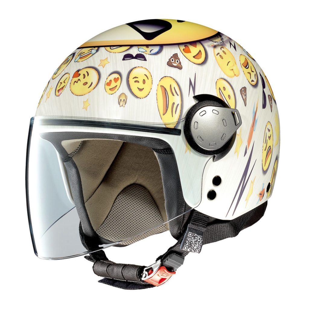 In moto con stile: caschi Made in Italy