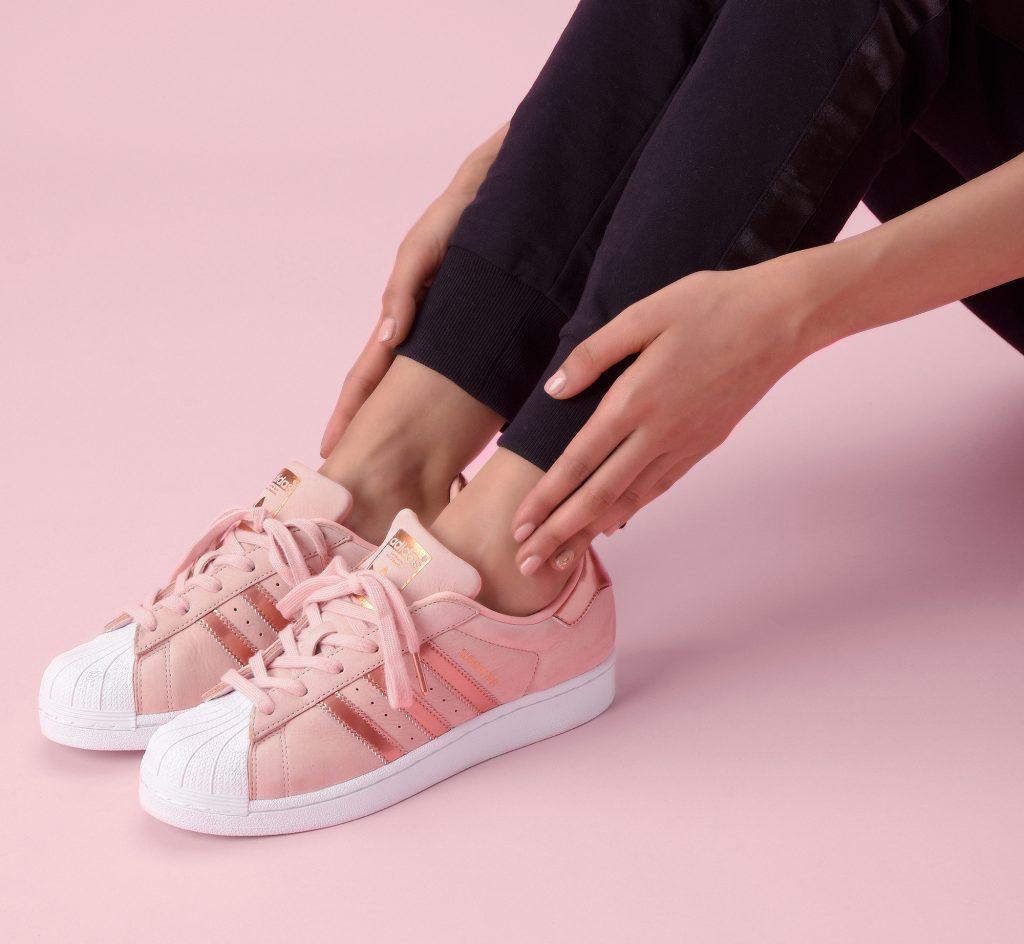 adidas superstar rosa aw lab