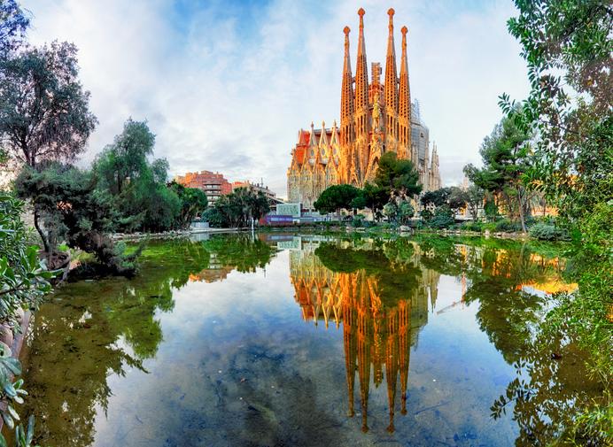 Tra i viaggiatori europei che prediligono il Salta Fila per visitare la Sagrada Familia ci sono tedeschi e francesi