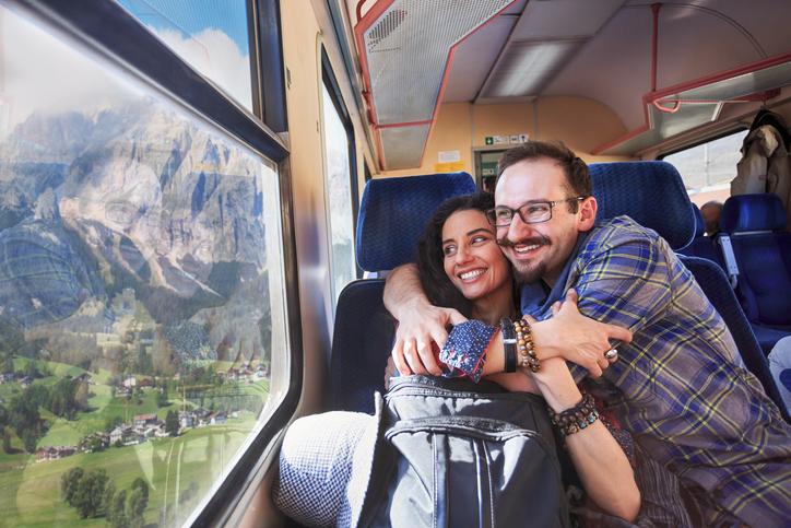 Il treno risulta essere il mezzo di trasporto ideale per le coppie