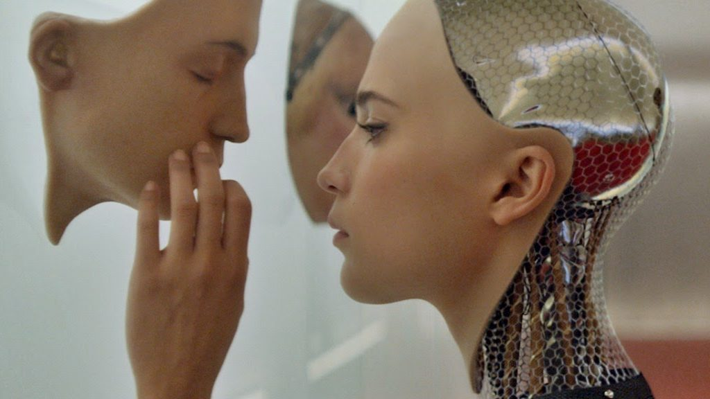 Robot sessuali: Alicia Vikander in EX Machina