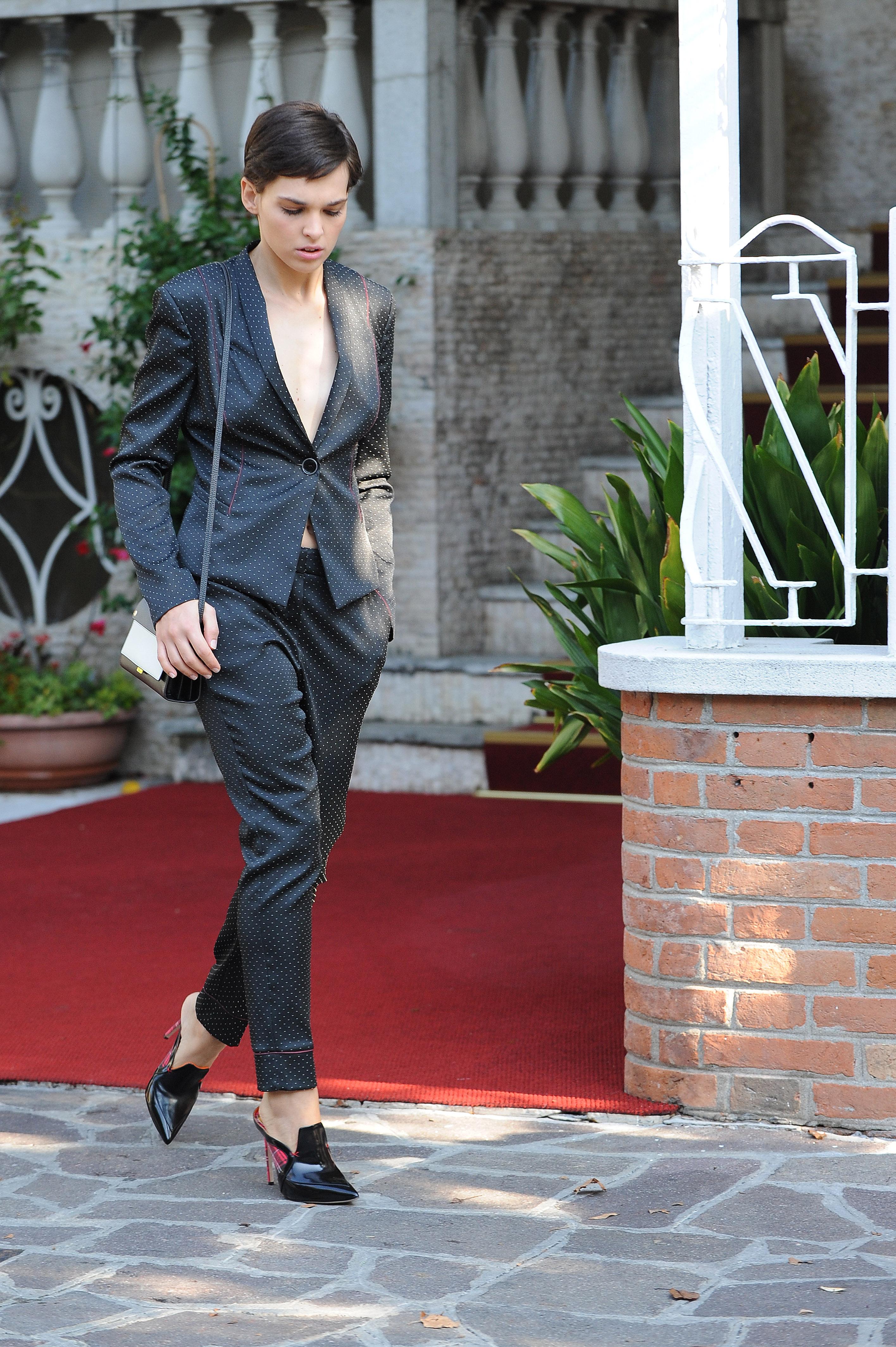 Sara Serraiocco in Manila Grace