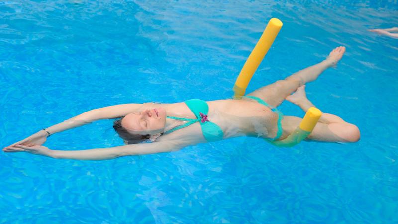 Woga: quando lo yoga si pratica in acqua