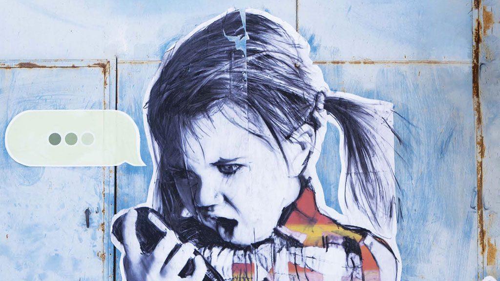 Nasci, cresci e posta: i minori sui social, quali rischi?