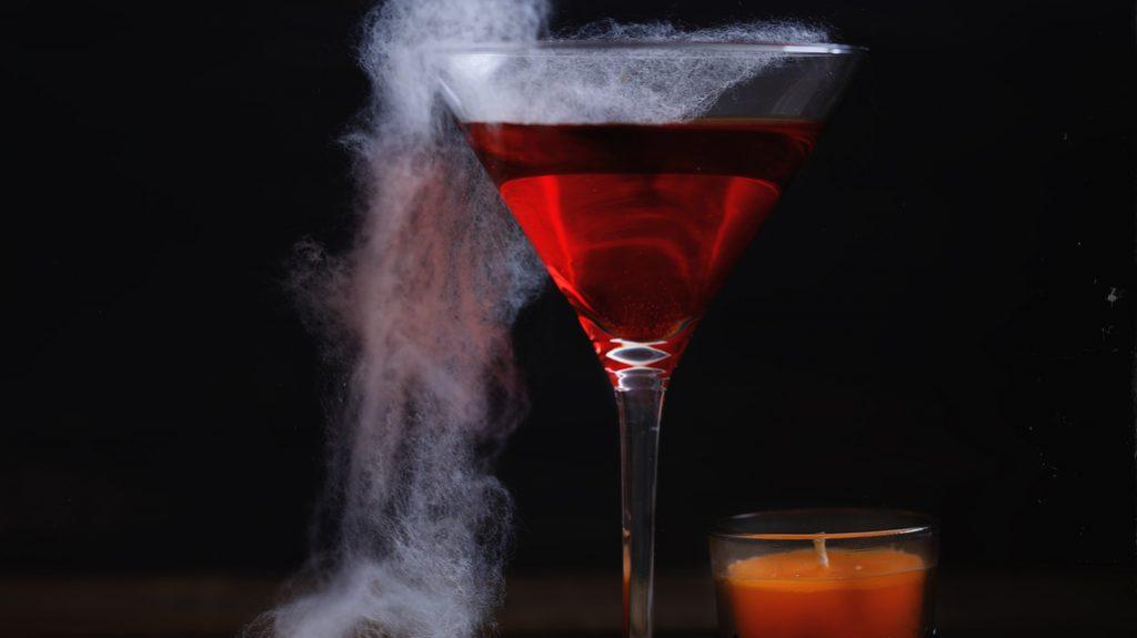 Rosso sangue: il colore dei cocktail di Halloween