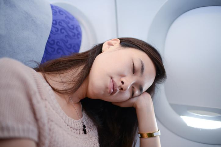 E'meglio non dormire durante il decollo e l'atterraggio
