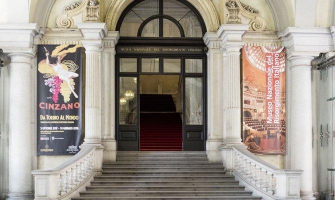 Cinzano, da Torino al mondo: la mostra