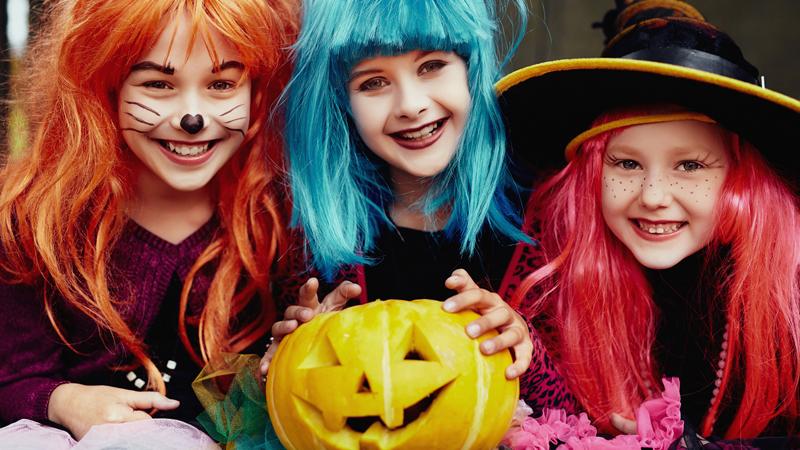 Halloween: allarme pidocchi. Colpa delle parrucche