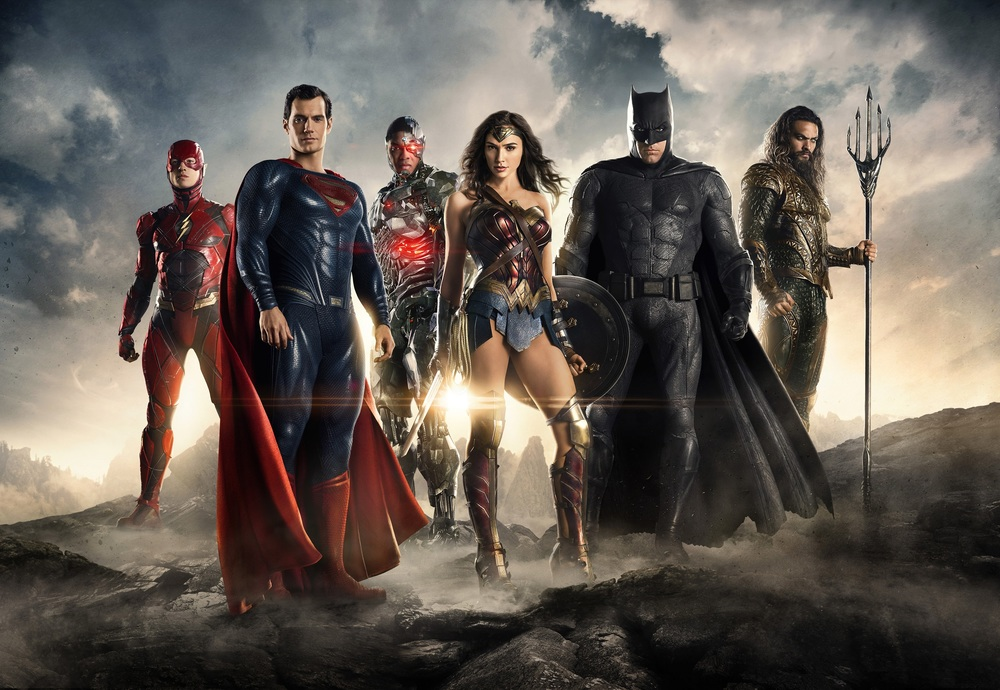 Justice League: supereroi di film e fumetti a confronto