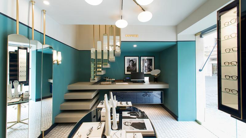 Spazi interni boutique Oliver Peoples