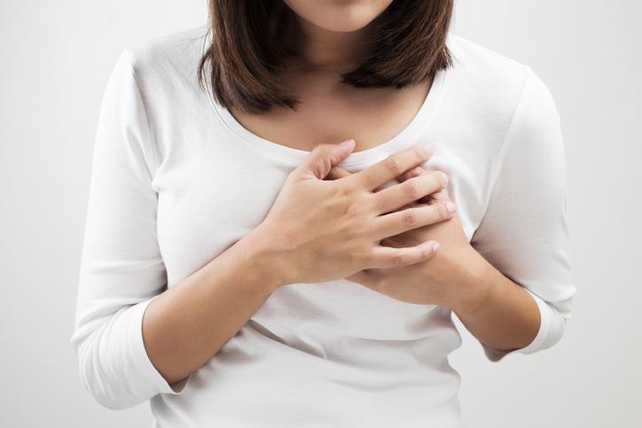 Gli attacchi cardiaci nelle donne dipendono dallo stress da supermamme